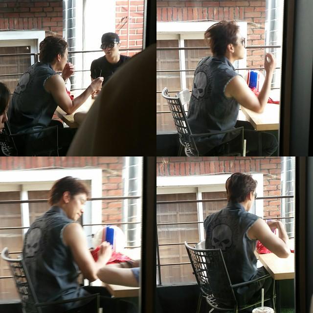 2015.06.21 Rain & Alex seen in company cafe.jpg