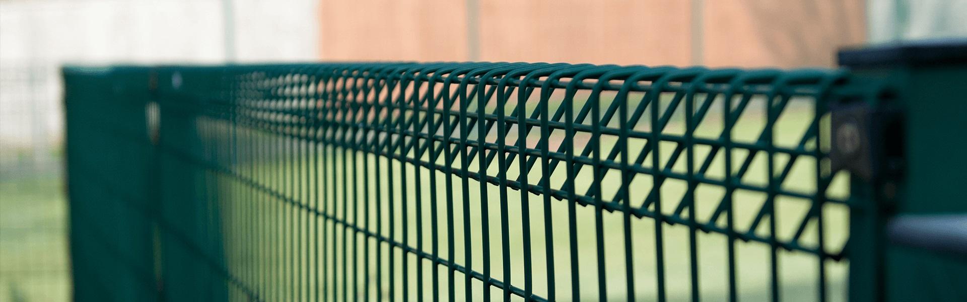 شبکه سیم نرده ای جوش داده شده Welded wire fencing